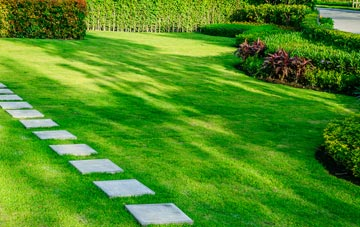 Oswestry lawn care costs